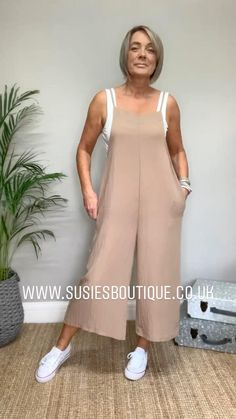Look Fashion, Trendy Fashion, Girl Fashion, Fashion Outfits, Womens Fashion, Best Casual Outfits, Casual Dresses, Diy Dress, Plus Size Tops