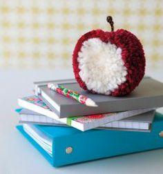pompom apple