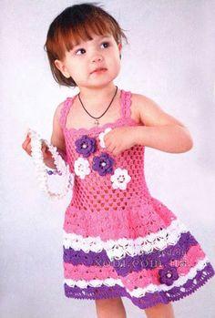 трехцветное платье с цветочками (1,5-2 года)