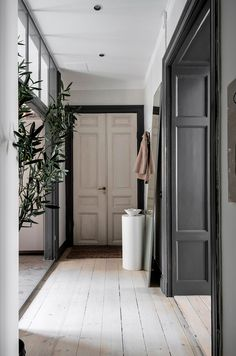 - Modern Interior Designs - my scandinavian home: This Stunning Stockholm Apartment Could Be Yours (If Only . Scandinavian Apartment, Scandinavian Home, Stockholm Apartment, Parisian Apartment, Apartment Living, Living Room, Interior And Exterior, Interior Design, Design Design