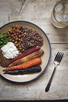 roasted carrots, cinnamon brown sugar roasted chickpeas, lime quinoa via Reclaiming Provincial