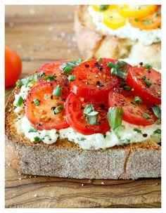 herbed tomato bruschetta