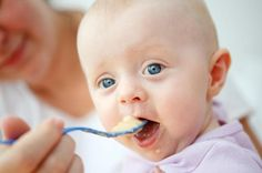 If you're wondering when your premature baby will be ready to eat solid food, learn more about the recommendations and signs.