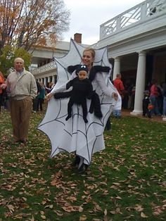 Spider and Spider Web. Mommy and Baby Halloween Costumes  sc 1 st  Pinterest & Cool Baby and Mom Costume - Spider and Web | Halloween | Pinterest ...