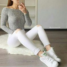 Stunning Spring Outfits Ideas for Women - Page 42 of 60 - newtrendstyle Casual Outfits For Girls, Teenage Outfits, Summer Outfits For Teens, Teen Fashion Outfits, Girly Outfits, Fall Winter Outfits, Simple Outfits, Spring Outfits, Trendy Outfits