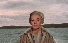 0 tippi hedren and a bird