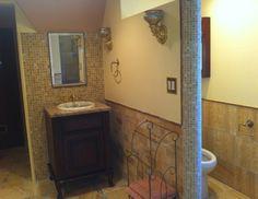 Tudor home style exterior window door details ucc for Tudor bathroom ideas