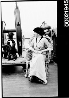 Unidentified woman and dog on the deck of a vessel, c Australian National Maritime Museum. Vintage Dog, Vintage Black, Black White Photos, Black And White, Maritime Museum, Vintage Nautical, Old Dogs, History Museum, Fashion Images