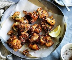 GT Combine smoky bacon and molten cheese with the healthy and filling force of cauliflower in this fritter recipe. Cauliflower Fritters, Cauliflower Cheese, Cauliflower Recipes, Cheesy Recipes, Healthy Recipes, Yummy Recipes, Keto Recipes, Recipies, Brunch
