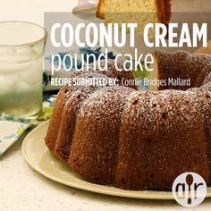 Coconut Cream Pound Cake I am a die hard coconut fan and this is the most amazing cake I ve ever made cakerecipes bakingrecipes dessertrecipes cakes cakeideas Dessert Cake Recipes, Pound Cake Recipes, Köstliche Desserts, Delicious Desserts, Coconut Recipes, Baking Recipes, Food Cakes, Cupcake Cakes, Cake Recipes