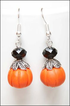 No Frill Reviews and Giveaways!: Fall Pumpkin Earrings Giveaway and More!