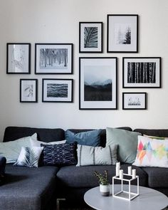 27 Easy And Simple Chic Living Room Wall Decor Ideas. Living room wall decor are a good choice for quite a few explanations. If covering the entire wall with something  Interior Design Living Room, Living Room Designs, Art In Living Room, Living Room Wall Ideas, Living Room Decor Frames, Living Room Walls, Diy Interior, Scandinavian Interior, Living Area