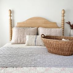 French Farm Spindle Bed - Made to Order and Finished by Hand in the USA Bedroom Headboard, Bedroom Frames, French Country Headboard, Bed, French Headboard, Spindle Bed, English Farmhouse, Farmhouse Furniture, Headboards For Beds