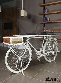 Bicycle Party, Bicycle Decor, Furniture Showroom, Home Furniture, Recycled Furniture, Painted Furniture, Engine Table, Store Window Displays, Home Tech