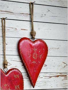 <3  Hearts