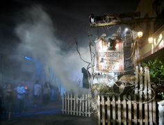 The Scare Zones of Halloween Horror Nights 18 & Wrap-Up - Attractions Magazine Halloween Birthday, Halloween Stuff, Birthday Fun, Halloween Ideas, Halloween Decorations, Haunted Props, Creepy, Scary, Universal Studios Florida