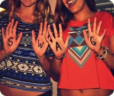 i like the idea of writing something on our hands and then taking a picture with it.