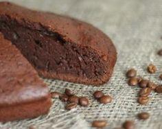 Pour 8 personnes: Préparation: 10min Cuisson: 4min PP: 4 points par personne Ingrédients: 100g de chocolat 60g de farine 40g de sucre 50g de beurre 1/2 sachet de levure 100ml de crème liquide à 5% 2 oeufs Préparation: Faites fondre le chocolat avec le...