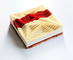 Dinara Kasko is a pastry chef and culinary artist from Ukraine who is best known for her innovative cake designs and moulds. Pastry Art, Pastry Chef, Food Design, No Bake Desserts, Dessert Recipes, Baking Desserts, Dessert Food, Architecture Cake, Geometric Cake