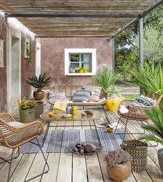 Ideas Pergola Terrasse Boheme For 2019 Brick Patios, Outdoor Decor, Backyard Patio Furniture, Patio Design, Diy Patio Table, Rustic Outdoor, Diy Pergola, Outdoor Living Rooms, Outdoor Seating Area Diy