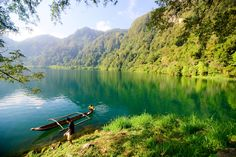 This is Lake Holon in the Philippines. It requires 3 hours of trek before you take a dip on the cold waters of this majestic lake. Mindanao, Travel Goals, Trek, Wander, Philippines, River, Adventure, Mountains, Places
