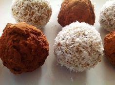 CHIA KOULE jsou rychlé na přípravu, chutné a obsahují jednu z nejoblíbenějších superpotraviny - chia semínka.