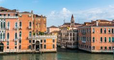 Choose a walking tour and gondola ride through the less touristy areas of Venice, and with a gondola ride through its canals. Venice Travel, Italy Travel, Scenic Photography, Photography Courses, Photography Tips, Enjoy Your Vacation, Grand Canal, Take Better Photos, Discount Travel