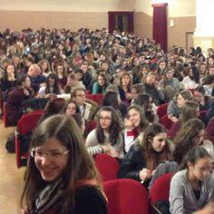 #ElisaDOspina Elisa D'Ospina: #educazionealimentare con i primi 350 ragazzi delle scuole superiori di #Vicenza