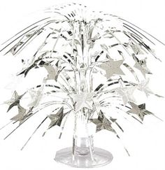 Silver cascading Sweet 16 centerpiece - Sweet 16 Decorations #Sweet16 #Silver