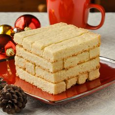 With only 4 ingredients these buttery Scottish shortbread cookies are one of the best examples of simple perfection. Maybe even more perfect with chocolate.