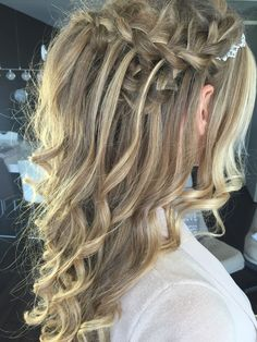 Hair by Linda Harmsen