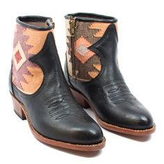 Comalapa Short Boot | www.mooreaseal.com