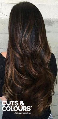 Subtiele haarkleuren zijn de trend van nu