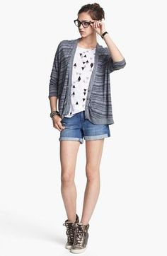 Everyday summer look: Stateside Cardigan, Trouvé Tee & Jessica Simpson Denim Shorts