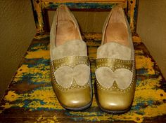 Vintage 50s GREEN LEATHER spectator loafers by faintofheartvintage, $75.00