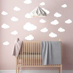 Muursticker Babykamer Wolken set met 20 stuks! Kies je Eigen kleur Muursticker wolkjes voor slechts 12,95. Binnen 2 Dagen Gratis Geleverd!