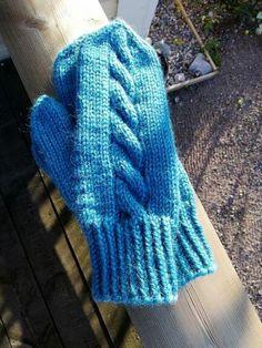 pehmeät Gloves, Winter, Crafts, Fashion, Winter Time, Moda, Manualidades, Fashion Styles, Handmade Crafts