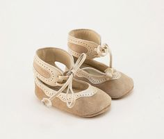 Handmade leather and suede baby shoes