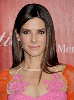 The Makeup Color You'll Want to Try This Winter (Thanks in Part to Sandra Bullock) - Pink ;)