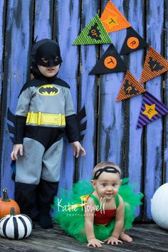 Batman and Robin brother and sister costumes, photo by: Katie Howell Photography