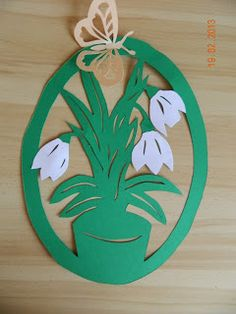 Idei Fermecate: ornamente din hartie Easter Crafts, Fun Crafts, Diy And Crafts, Crafts For Kids, Arts And Crafts, Heart Stencil, Spring Theme, Art N Craft, Paper Stars