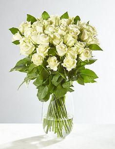 Fairtrade® White Roses