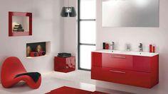 Salle de bains rouge noir et blanc