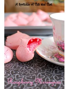 A Sprinkle of This and That: Raspberry Meringues