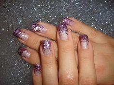 ..glitzer Gel  Flakes in lila..