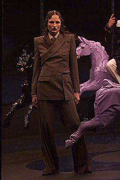 Alexander McQueen | Fall 2001 Ready-to-Wear Collection | Style.com