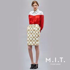 Woman, Skirts, Fashion, Moda, Fashion Styles, Women, Skirt, Fashion Illustrations