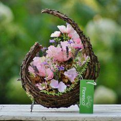 Wicker Baskets, Bird Feeders, Outdoor Decor, Wedding, Valentines Day Weddings, Weddings, Marriage, Woven Baskets, Teacup Bird Feeders