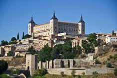 【スペイン】街全体が世界遺産のトレドで中世を感じられる観光地5選 - おすすめ旅行を探すならトラベルブック(TravelBook) Scenery, Spain, Mansions, House Styles, Mansion Houses, Paisajes, Landscape, Manor Houses, Villas