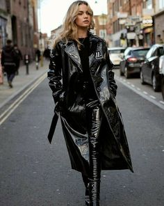 Patent Trench Coats, Leather Trench Coat, Leather Jacket, Holographic Raincoat, Rainy Outfit, Vinyl Raincoat, Pvc Raincoat, Mode Latex, Vinyl Clothing